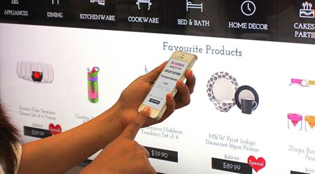 Shop Window Merges Physical with Digital